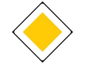 B01-300x225 Afbuigende voorrangsweg