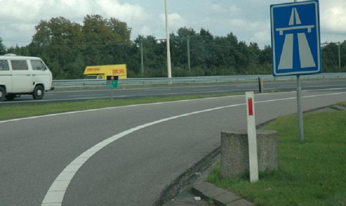 autosnelweg-1 Autosnelweg