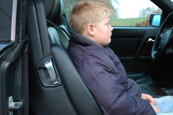 kind-130-e1567047083151 Veilig rijden - Inzicht - Examenvragen oefenen deel 2
