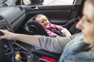 airbag-aan-mag-dat-300x200 Categorie E Gebruik gordels en helmen; zitplaats voor passagiers