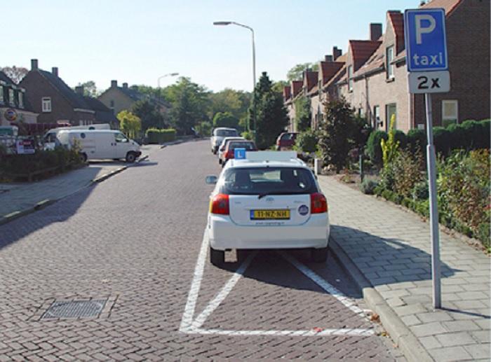 parkeren-8 Categorie U Stilstaan en parkeren