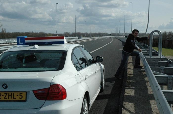 pech-6 Categorie L Handelen bij ongevallen en pech onderweg
