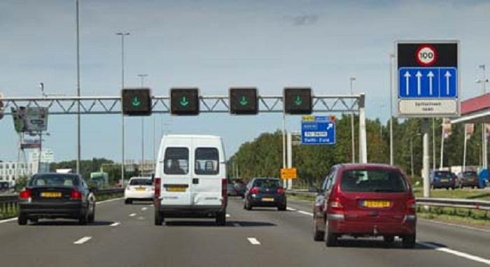 verkeerstekens-5 Categorie Z Verkeerstekens op het wegdek